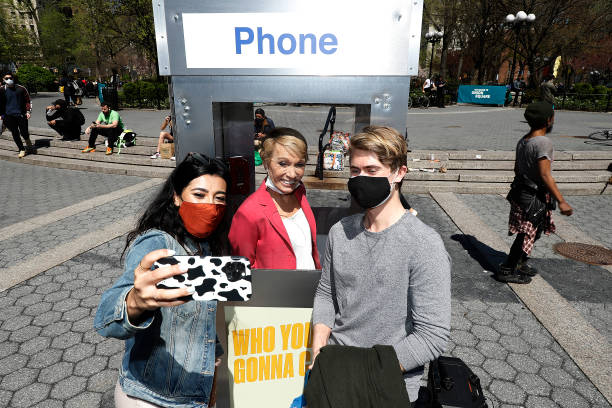 """NY: Barbara Corcoran """"Business Unusual"""" Phone Booth Pop-Up"""