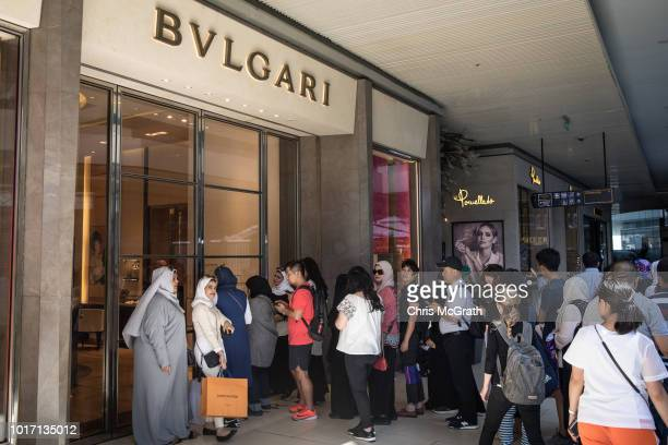 People lineup outside a Bvlgari store to take advantage of low prices due to the exchange rate at the Zorlu luxury shopping mall on August 15 2018 in...