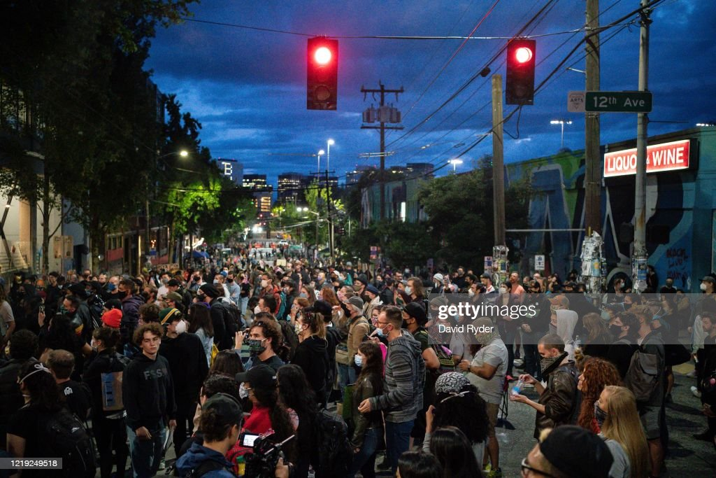 Anti-Racism Protests Continue In Seattle : ニュース写真