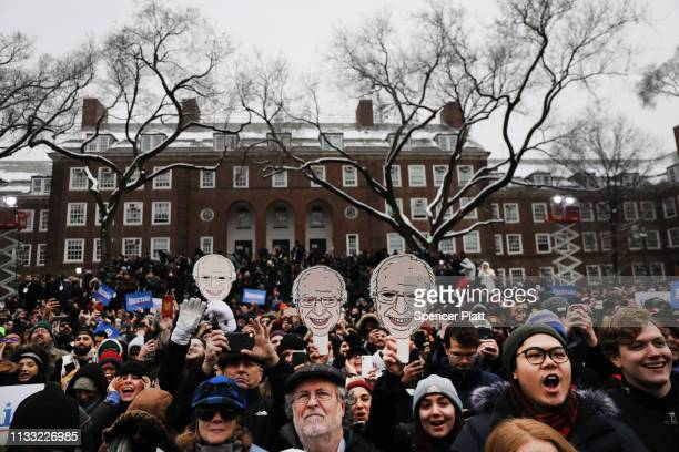 People listen to Democratic Presidential candidate U.S. Sen. Bernie Sanders speaks to supporters at Brooklyn College on March 02, 2019 in the...