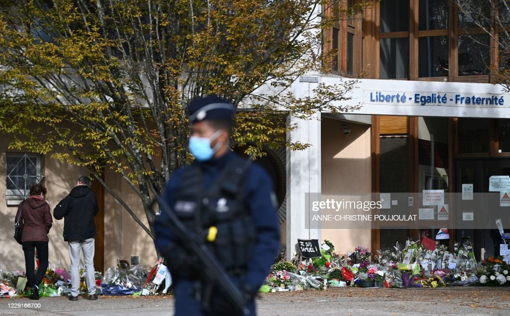 FRANCE-ATTACK-EDUCATION-TRIBUTE : News Photo