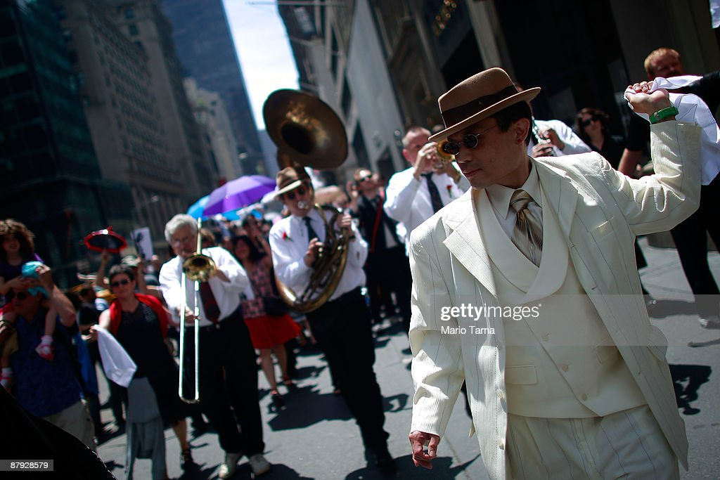 New Orleans Second Line Parade Hits Streets Of New York City : News Photo