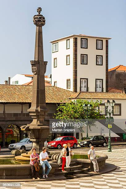 people on praca do municipio - merten snijders stock pictures, royalty-free photos & images