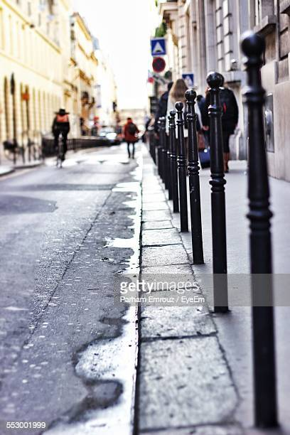 people on street in city - parham emrouz stock pictures, royalty-free photos & images