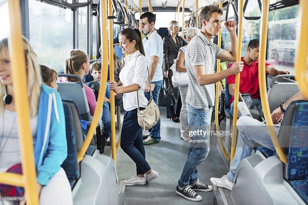 Resultado de imagen de people bus