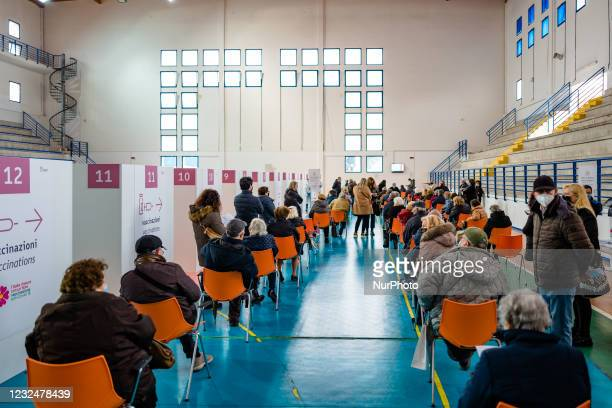 People over 70 waiting for vaccinations, on the first day of opening of the Palachicoli in Terlizzi on 23 April 2021. The PalaChicoli Population...