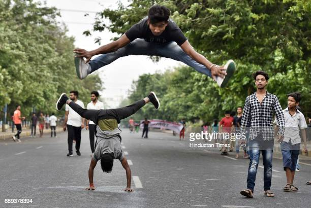 People participate during Raahgiri day at Sushant Lok near Galleria Market event organized by MCG on May 28 2017 in Gurugram India The day is a joint...