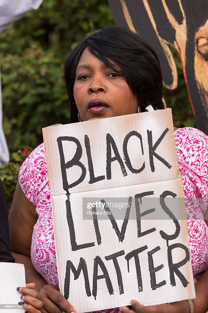 Activists Hold Rally Protesting Police Shooting Death Of Walter Scott In North Charleston : News Photo