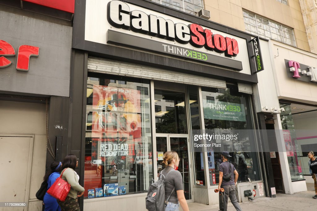 GameStop To Close 200 Of Its Stores : News Photo