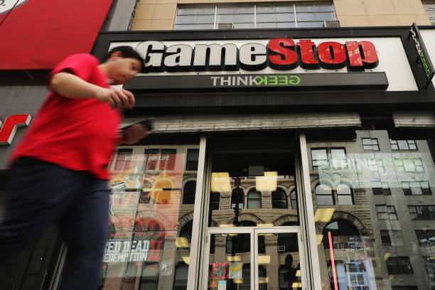 NY: GameStop To Close 200 Of Its Stores