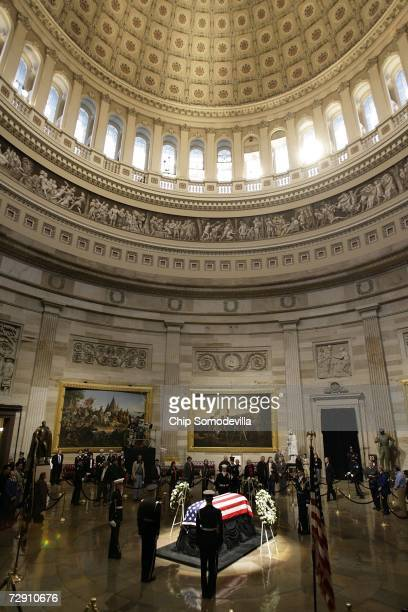 People pay their respects to former US President Gerald Ford as he lies in state at the Rotunda of the US Capitol January 01 2007 in Washington DC...