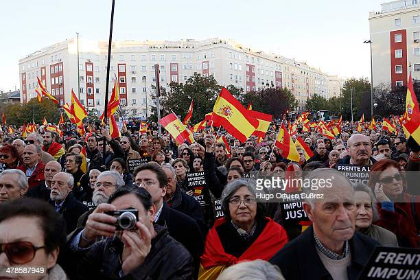 People pay tribute to the victims of ETA terrorism in 1986, which killed 12. The Foundation for the Defense of the Spanish Nation hundreds of people...
