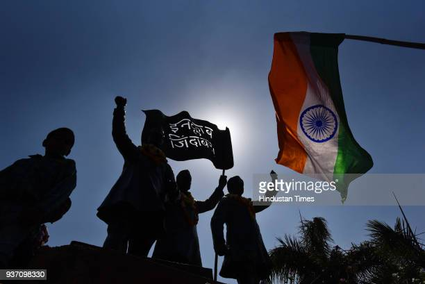 People paying tribute to ShaheedEAzam Bhagat Singh Rajguru and Sukhdev's statue at Shaheedi Park to mark martyrdom day at ITO on March 23 2018 in New...