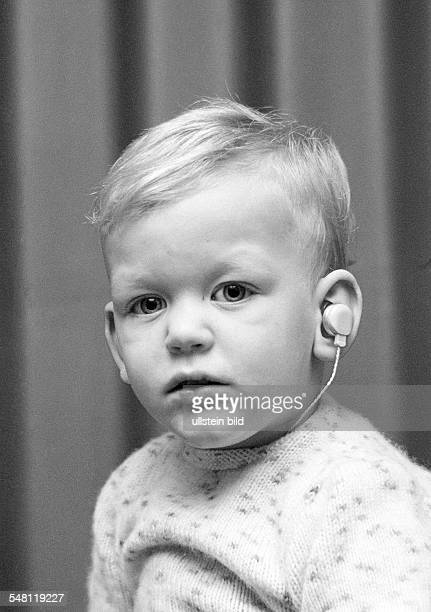 People, physical handicap, young boy with a hearing instrument in the ear, aged 2 to 3 years, Stefan, Special School Alsbachtal, D-Oberhausen,...