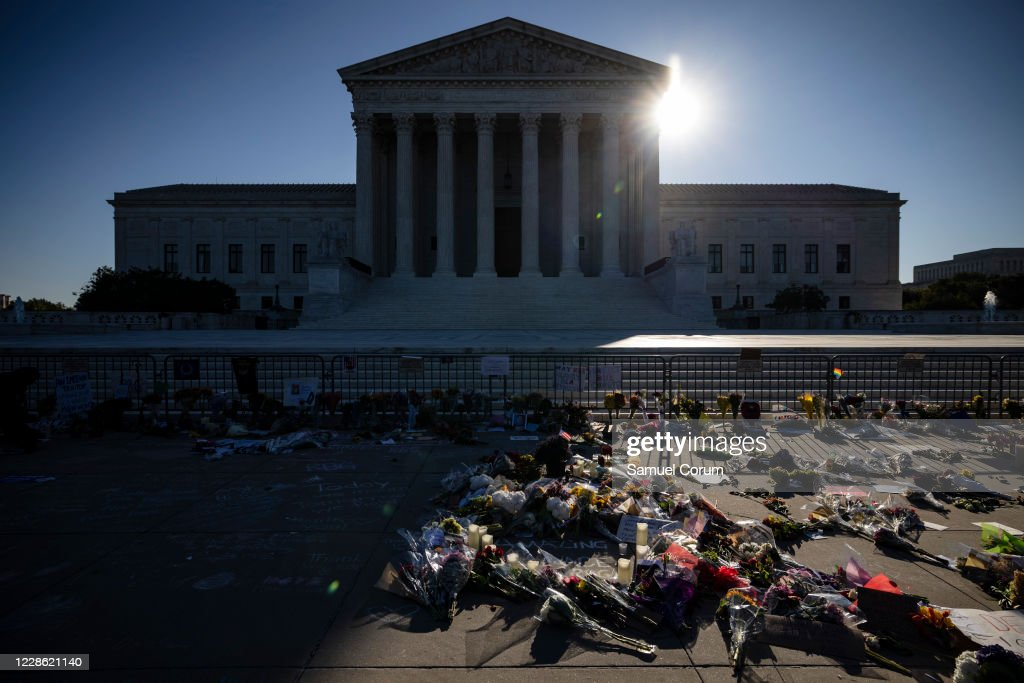 Supreme Court Justice Ruth Bader Ginsburg Dies At 87 : News Photo