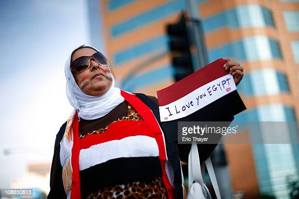 People protest against the regime of Egyptian President Hosni Mubarak February 5 2011 in the Westwood neighborhood of Los Angeles California Egypt a...