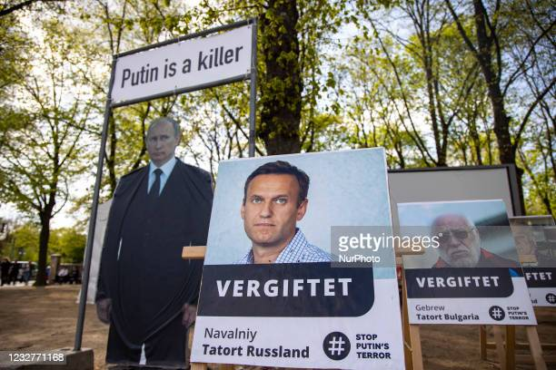 People protest in support of Kremlin critic Alexei Navalny against Russian President Vladimir Putin in Berlin, Germany on May 8, 2021.