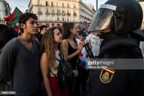People protesting supporting referendum in Catalonia