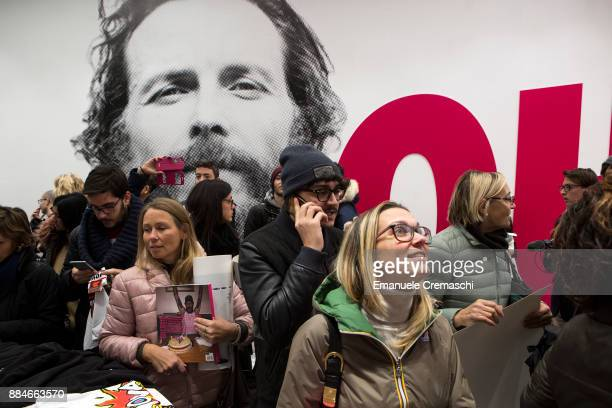 People queue at the 'Jova Pop Store' on December 1 2017 in Milan Italy Italian singer and songwriter Jovanotti opened a temporary store featuring...