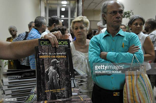 People queue to buy Diary of a Combatant an unpublished diary that revolutionary icon Ernesto Che Guevara kept during the guerrilla campaign that...
