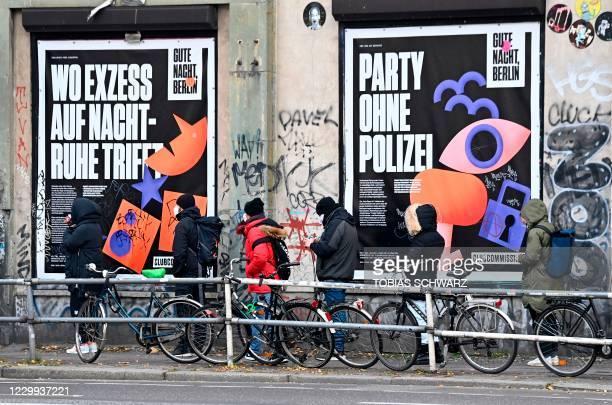 People queue to get a swab test on the novel coronavirus outside the KitKatClub night club in Berlin on December 4, 2020. - Berlin's legendary KitKat...