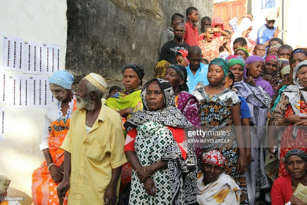 COMOROS-ELECTIONS-VOTE : News Photo
