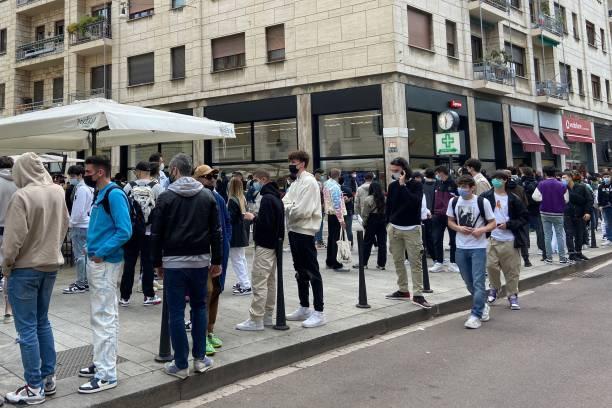 """ITA: """"Supreme"""" Boutique Opening In Milan"""
