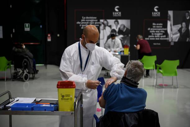 ITA: Covid-19 Vaccine Hub At Cinecittà Film Studios