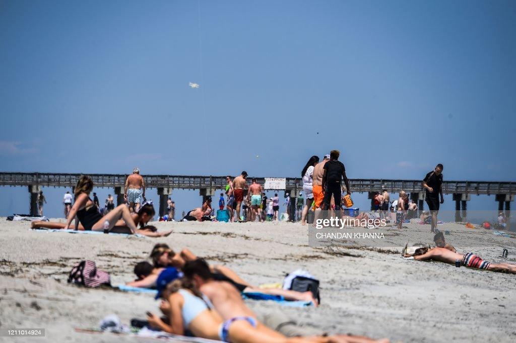 US-HEALTH-VIRUS-BEACH-GEORGIA : News Photo