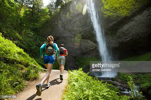 people running for exercise. - columbia river gorge stock pictures, royalty-free photos & images