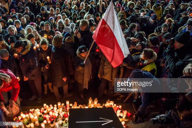 People seen lightning candles in memory of the mayor Pawel Adamowicz. Pawel Adamowicz, the mayor of the Polish city of Gdansk died after being...