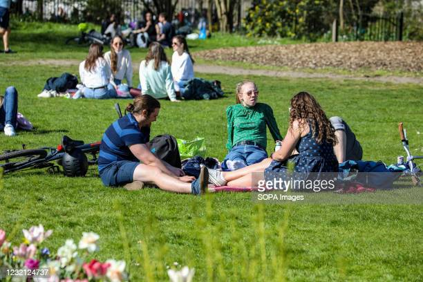 People seen relaxing in Hyde Park as Londoner's take advantage of sunny weather on Easter Sunday.