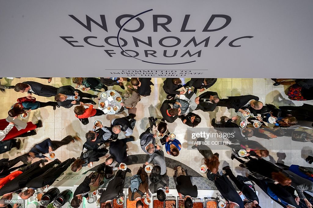 SWITZERLAND-DAVOS-ECONOMY-POLITICS-MEET-WEF : News Photo