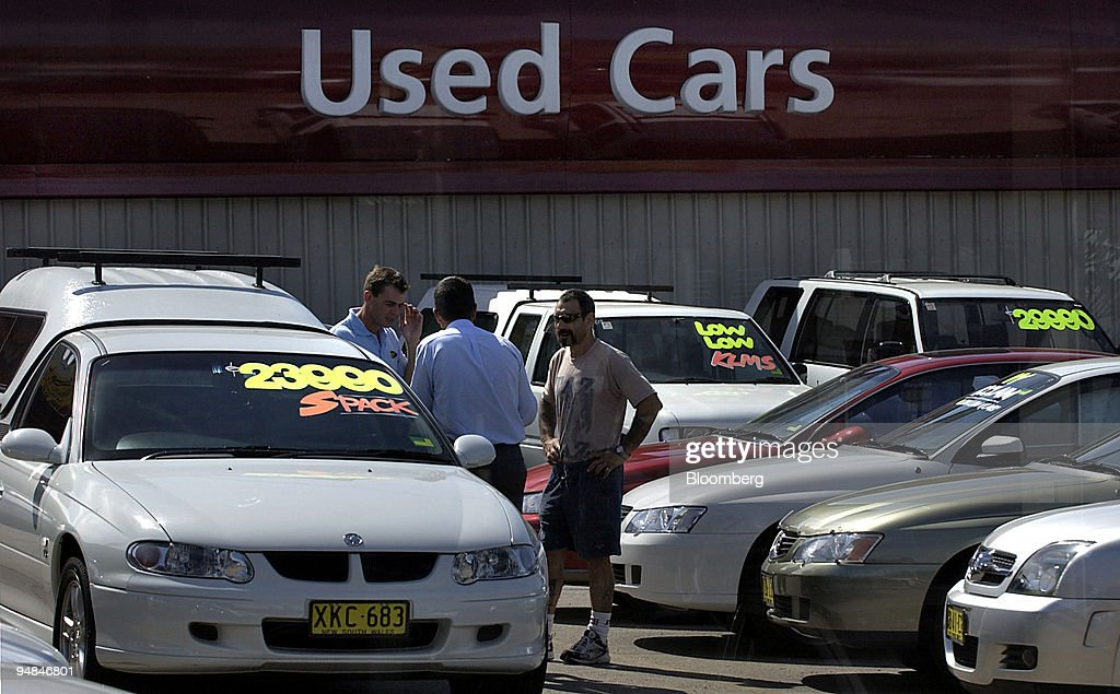 People Shop For Used Cars At A Dealership In Sydney Australia News Photo Getty Images