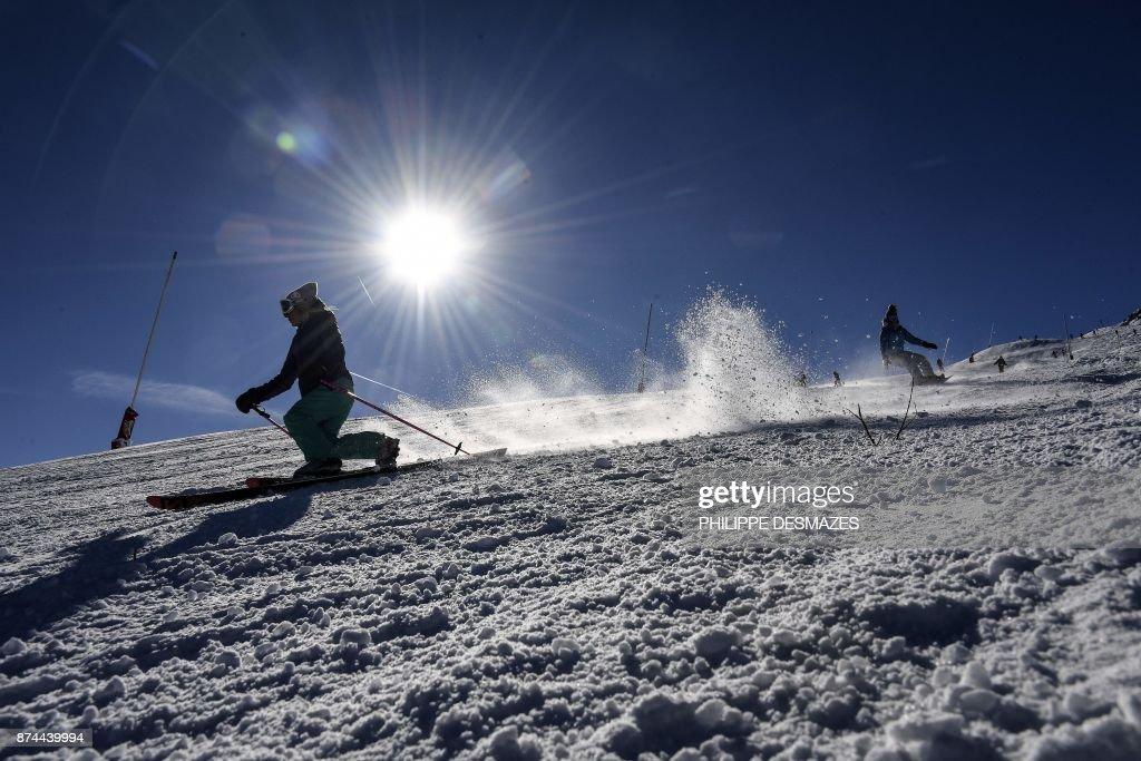 FRANCE-WEATHER-CLIMATE-SKI : News Photo