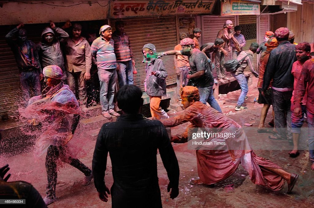 Holi Celebrations In India : Photo d'actualité