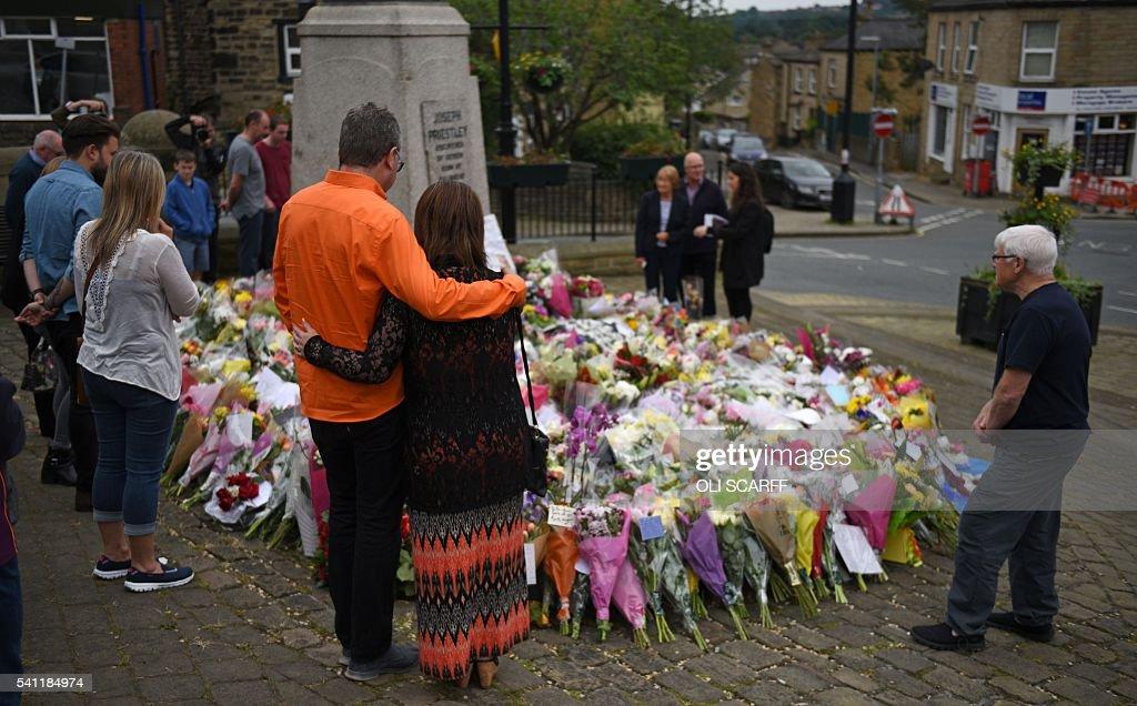 BRITAIN-EU-POLITICS-SHOOTING-CRIME : News Photo