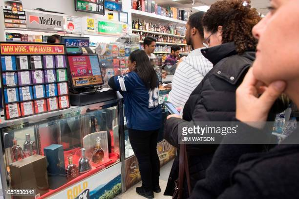 Mega Millions Pictures and Photos - Getty Images