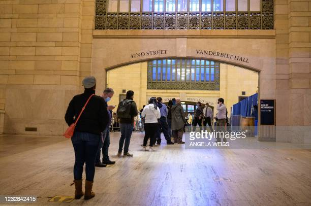 NY: New York Opens Pop-Up Vaccination Sites At MTA Stations, Offering Free Metro Cards
