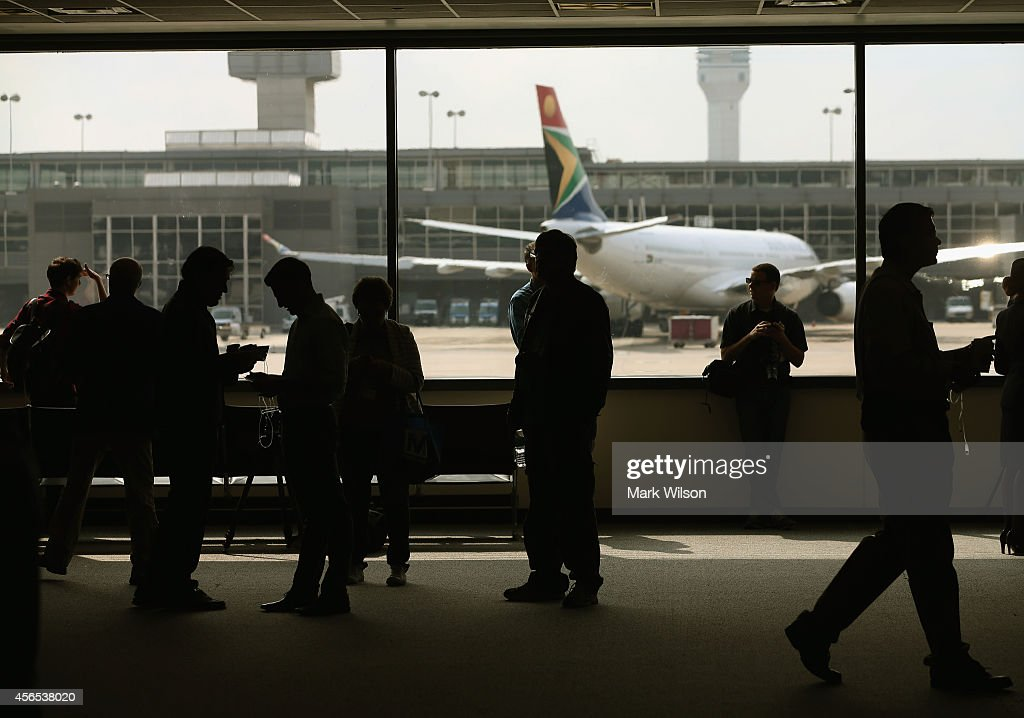 Ebola Patient In U.S. Traveled Through Dulles Airport En Route To Dallas From Liberia : News Photo