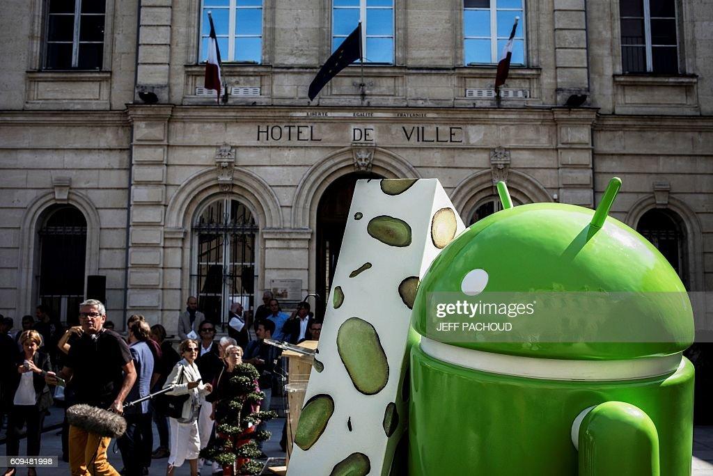 FRANCE-TECHNOLOGIES-SOFTWARE-GOOGLE-MARKETING : News Photo