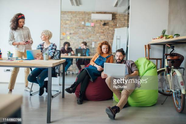 people studying together - students' union stock pictures, royalty-free photos & images