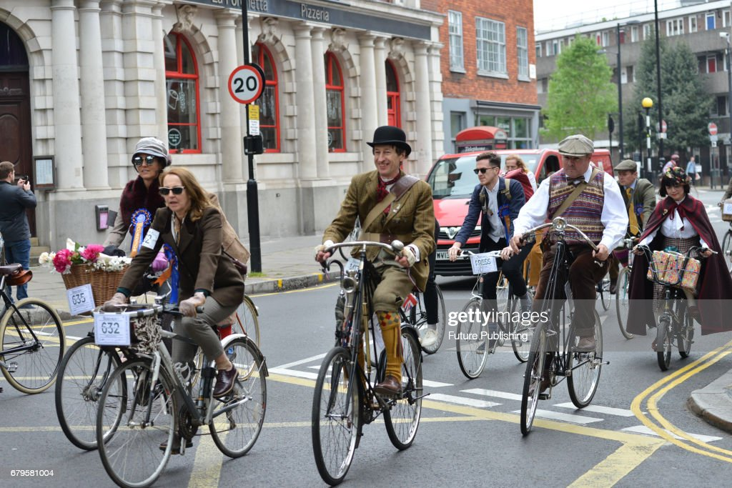 The Annual Tweed Run Cycle Ride In London Pictures
