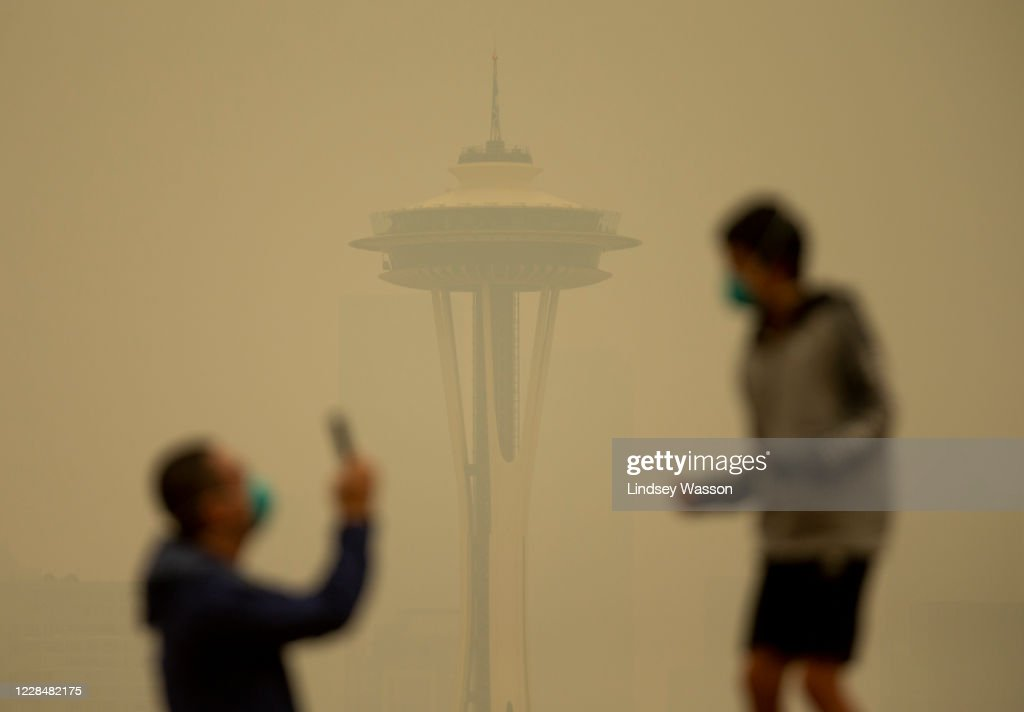Massive Smoke Cloud Descends On Seattle Amid Historic Fires : News Photo