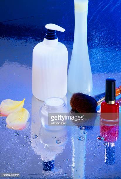 People Teeth lips woman People Wellness beauty Lotion cream brush nail polish