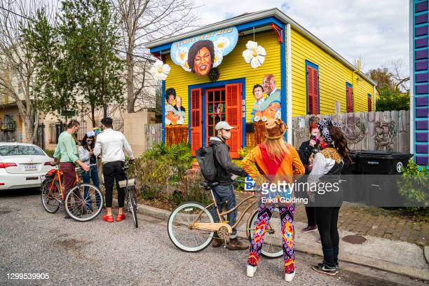 People view a house float is decorated with the motif 'Georgia On My Mind' featuring politicians Stacey Abrams, Raphael Warnock, Jon Ossoff, Shirley...