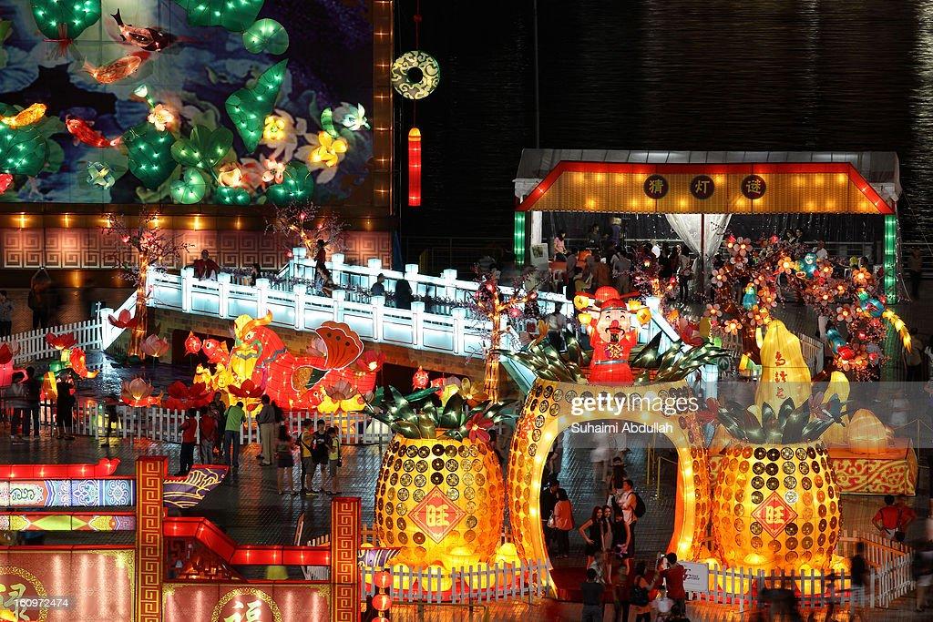 Singapore Celebrates River Hongbao Festival : News Photo