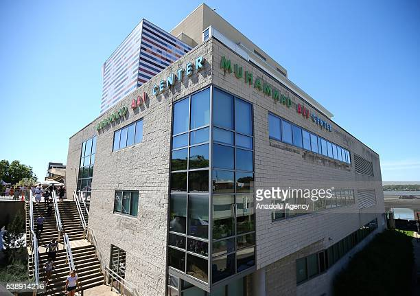 People visit the Muhammad Ali Center following the death of boxing legend Muhammad Ali in Louisville Kentucky on June 8 2016 Kentucky will conduct a...