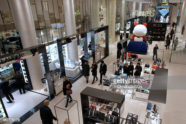 People visit the new Printemps department store at the Louvre Carrousel in Paris on January 15 the day of its opening AFP PHOTO / THOMAS SAMSON