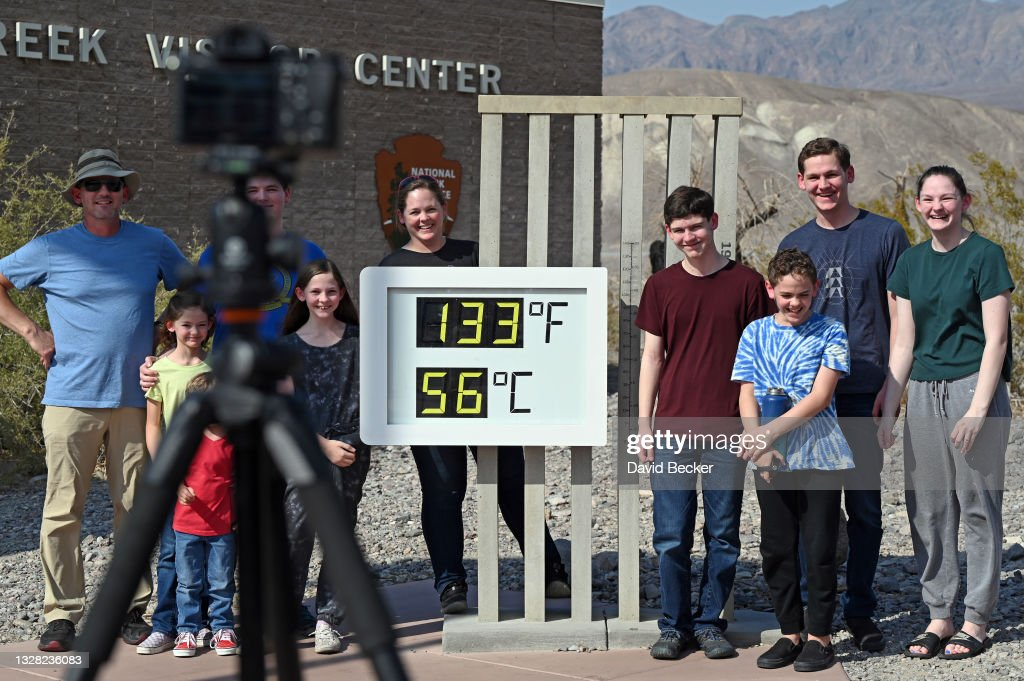 Extreme Heat Settles Over California : News Photo